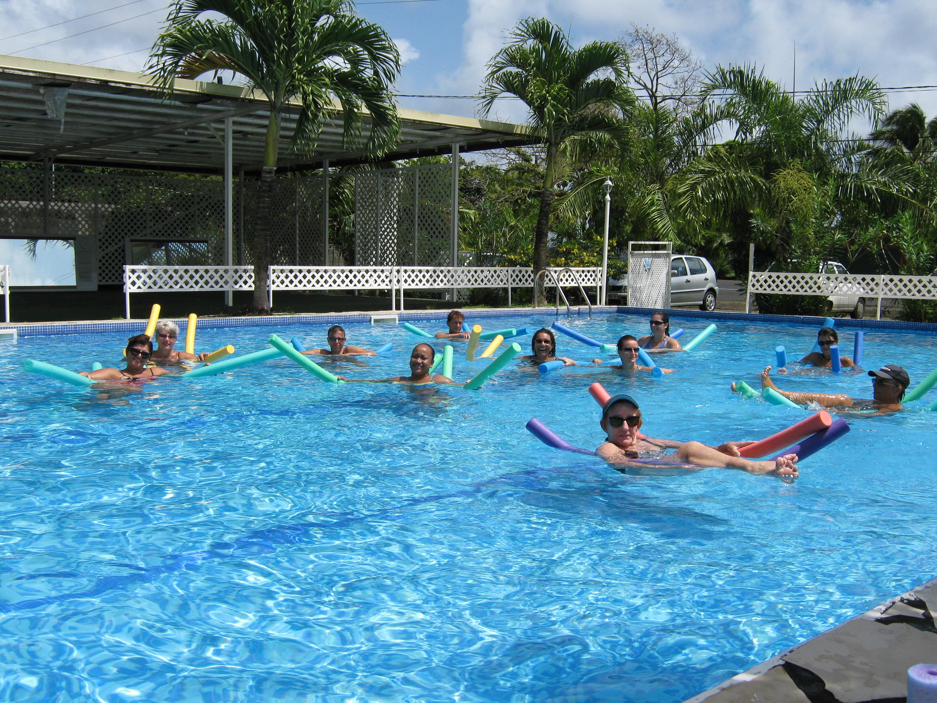 Toutes les activites piscine activites a la piscine for Accouchement en piscine